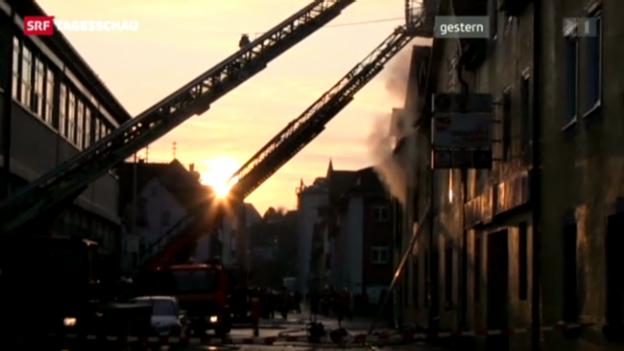 Video «Brand bei Stuttgart wegen technischem Defekt» abspielen