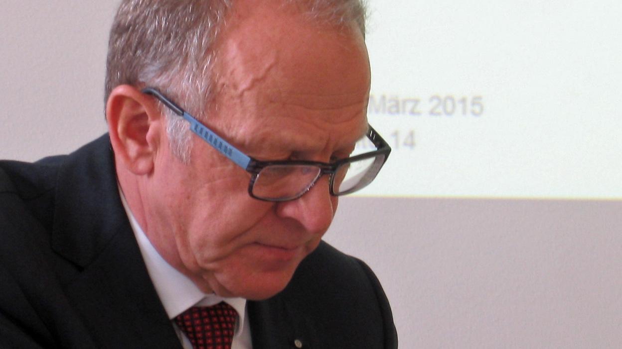 «Wir stehen wesentlich besser da, als in den letzen Jahren» Interview mit Finanzdirektor Martin Gehrer (18.03.2015)