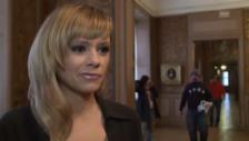 Video «Francine Jordi zu «Drei Nüsse für Aschenbrödel»» abspielen