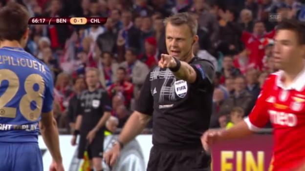 Video «Kuipers entscheidet im EL-Final auf Penalty» abspielen