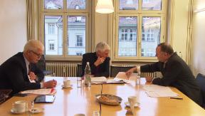 Video «Lobbying: Wirtschaftsverbände verlieren Bedeutung» abspielen