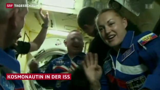 Video «Sojus dockt an ISS an» abspielen