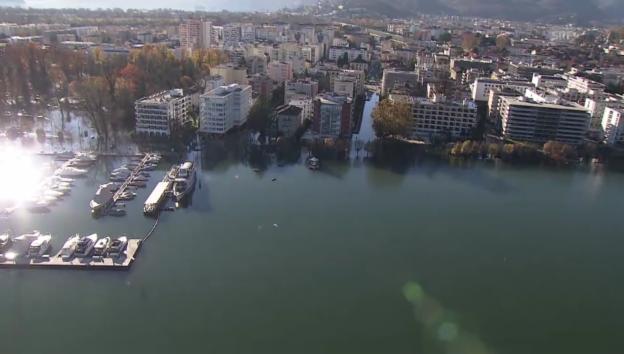 Video «Uferbereich von Locarno überschwemmt (unkomm.)» abspielen