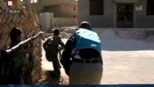 Video «Kämpfe in Homs am Freitag (unkomm.)» abspielen