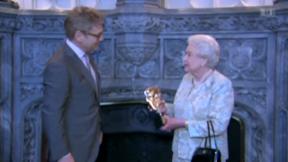 Video «Filmpreis für die Queen» abspielen