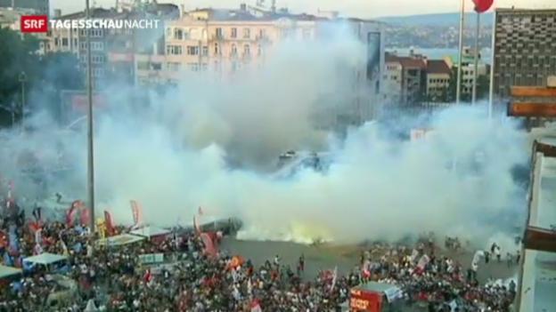 Video «Strassenschlacht auf dem Taksim-Platz» abspielen