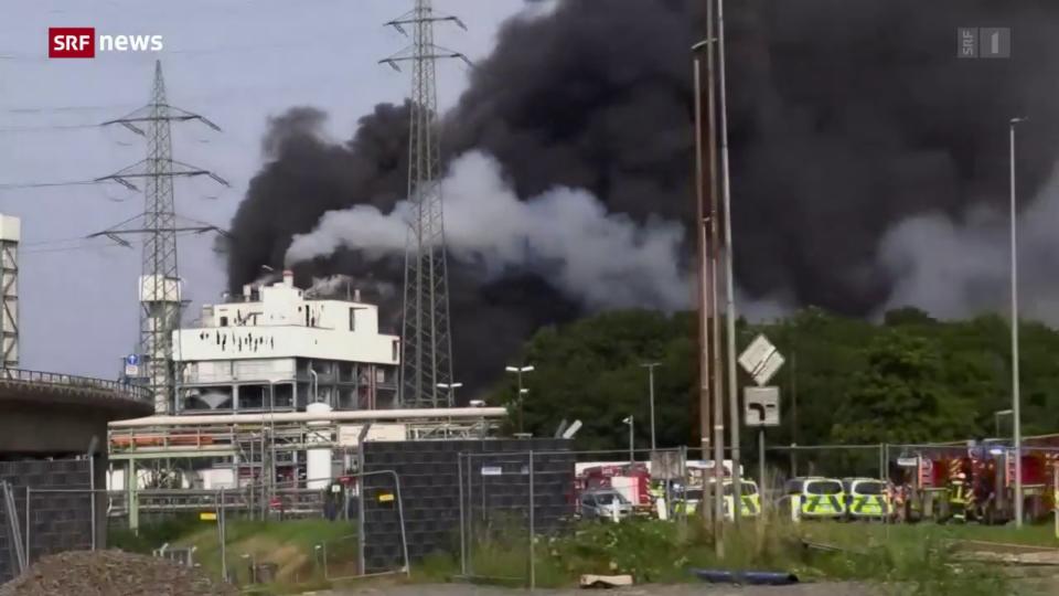 Heftige Explosion erschüttert Leverkusen