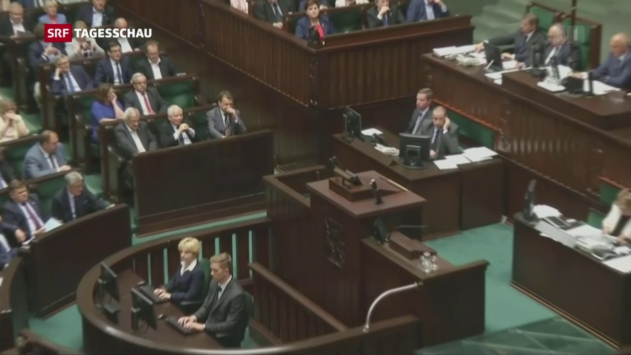 EU-Kommission leitet Verfahren gegen Polen ein