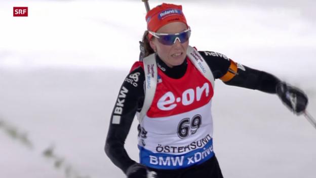 Video «Biathlon: Einzelrennen Frauen, 15 km in Östersund» abspielen