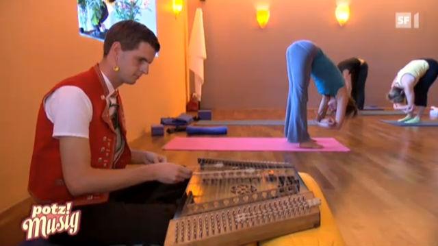 Sennsationell: In der Yoga-Stunde