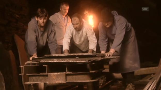 Video «Nachgestellte Szenen vom Elmer-Felssturz - Teil 3» abspielen