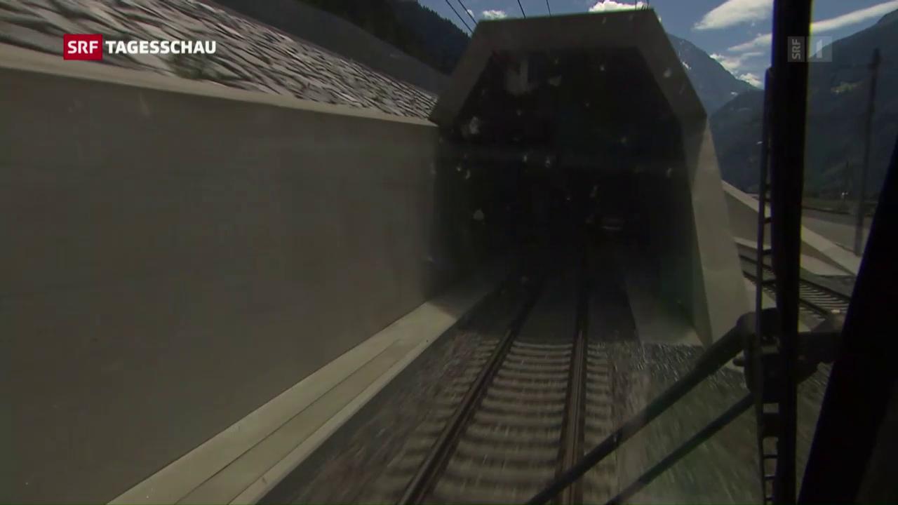 Testfahrten mit Publikum durch den Basistunnel