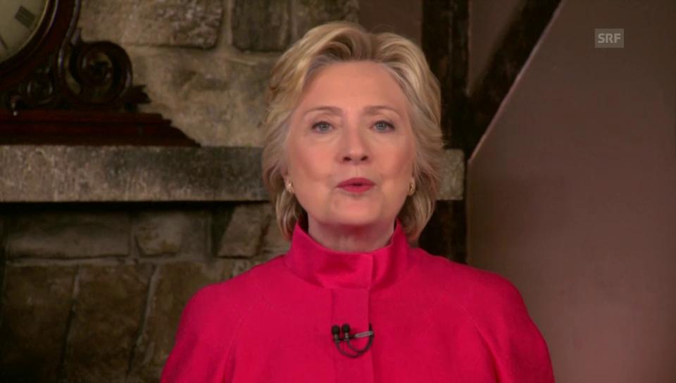 Hillary Clinton dankt den Delegierten