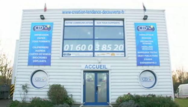 Video «Radiointerview mit dem Handelsvertreter (französisch)» abspielen