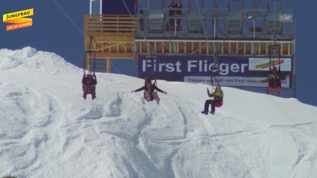 Video «First Flieger in Aktion» abspielen