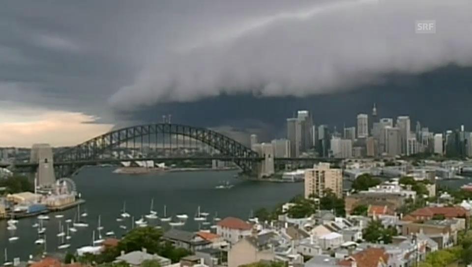 Riesige Gewitterfront über Sydney