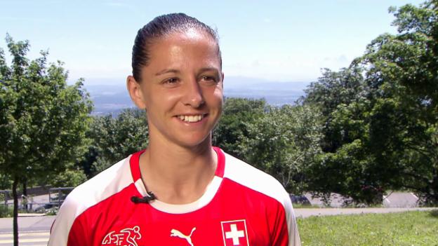 Video «Humm: «Ich interessiere mich doch nicht für Holland»» abspielen