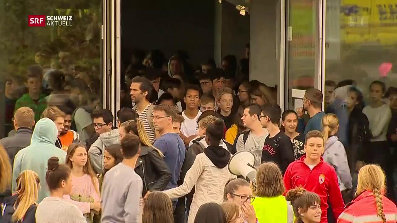 500 Schüler und Lehrer evakuiert
