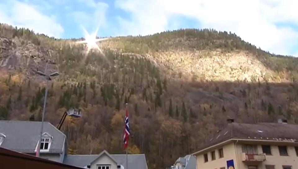 Die Bewohner von Rjukan freuen sich über die Sonne