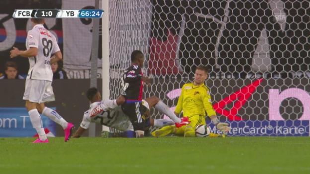 Video «Fussball: Super League, Basel - YB, der Platzverweis gegen Gregory Wüthrich» abspielen