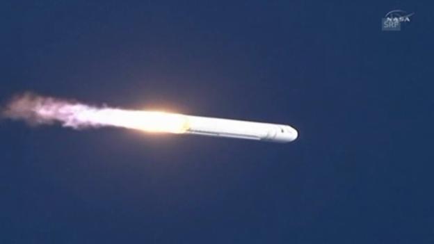 Video «Antares fliegt ins All (unkomm.)» abspielen