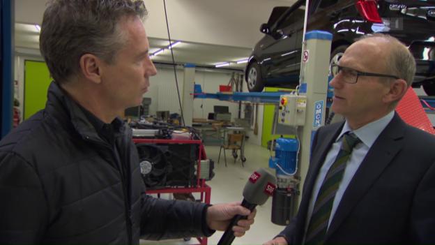 Video «Interview mit Andreas Burgener von Auto Schweiz» abspielen