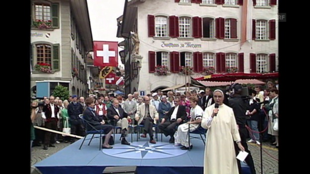 Video «Gehört Jodel und Folklore zur Schweiz (Sternstunde, 7.7.1996)» abspielen