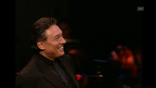 Video «Karel-Gott-Konzert in Prag 2003 (unkommentiert)» abspielen