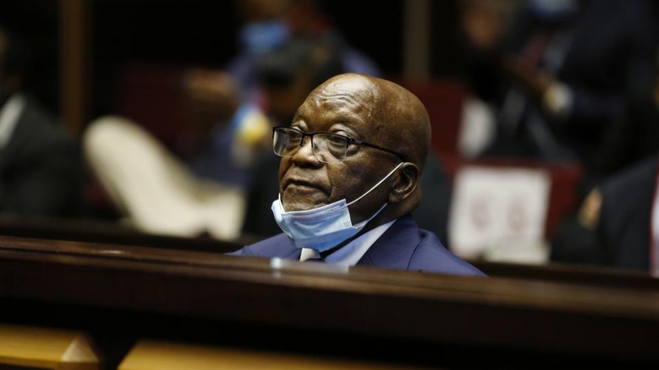 Jacob Zuma fügt sich den Behörden