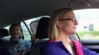 Video ««Ready, Steady, Golf!»: Team Julian im Radio gehört - Team Anic getroffen - und mitgenommen» abspielen