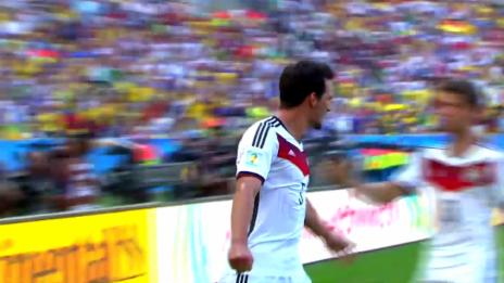 Video «WM 2014: Kopfball-«Monster» Hummels schlägt zu» abspielen