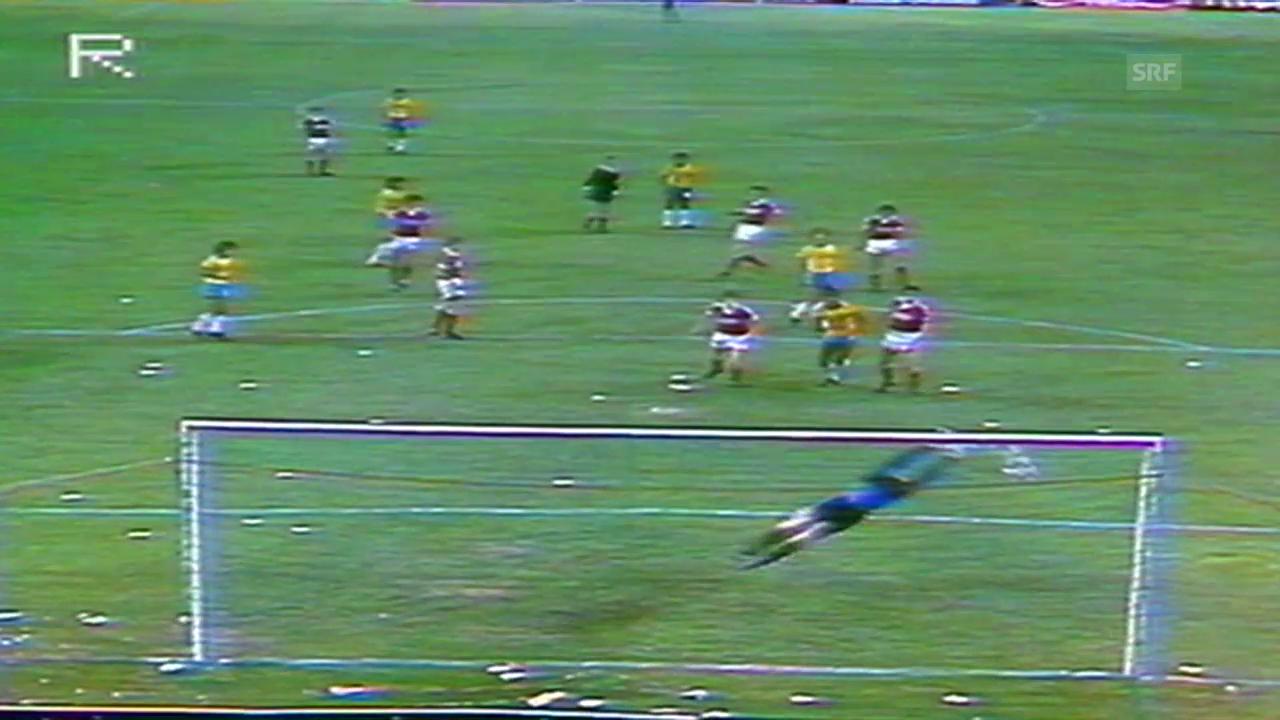 Fussball: Socrates' Tor an der WM 1982 gegen die Sowjetunion