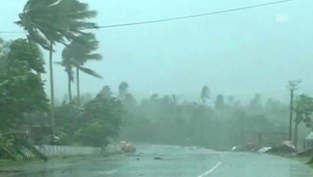 Video «Taifun fegt über die Philippinen» abspielen