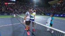 Link öffnet eine Lightbox. Video Federer schlägt Paire problemlos abspielen