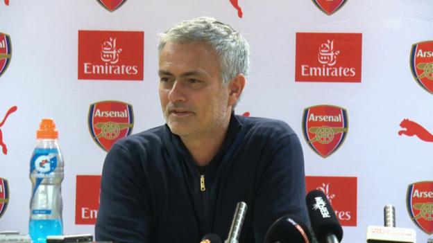 Video «Mourinho stichelt gegen Arsenal-Fans (Quelle: SNTV)» abspielen