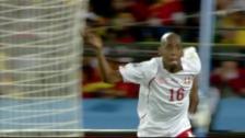 Video «Das Tor von Gelson Fernandes an der WM 2010 gegen Spanien» abspielen