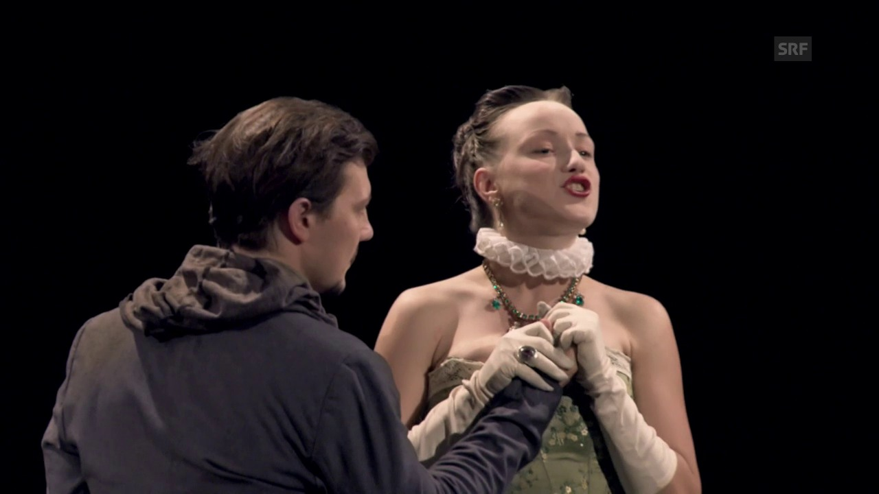 2. Jahr: Marie als Königin im Stück «Maria Stuart».