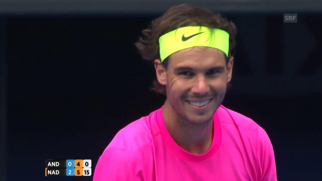 Nadal lacht über seine eigenen Macken
