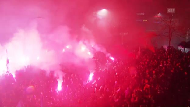 Video «FCB-Empfang auf dem Barfüsserplatz» abspielen