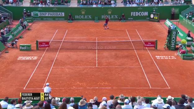 Video «Federer lässt Bautista Agut keine Chance» abspielen