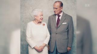 Video «Queen Elizabeth und Prinz Philip feiern 70. Hochzeitstag» abspielen