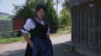 Video «Monika Knellwolf zeigt die Ausserrhoder Sonntags-Tracht» abspielen
