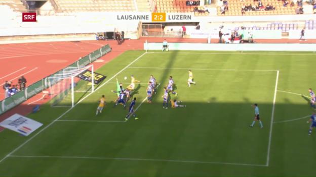 Video «Die strittige Penalty-Entscheidung in Lausanne» abspielen