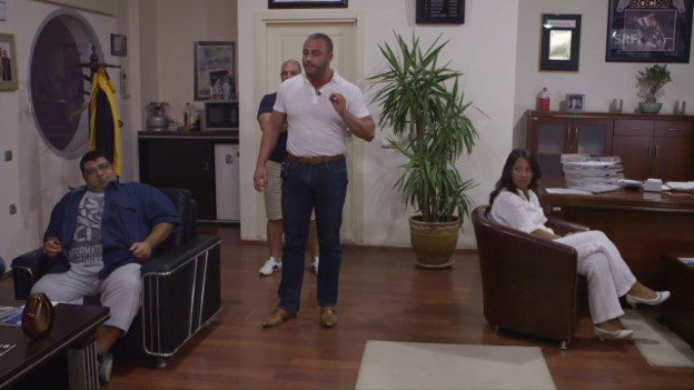 Video «Meeting mit Mehmet – seine Mitarbeiter verehren ihn» abspielen