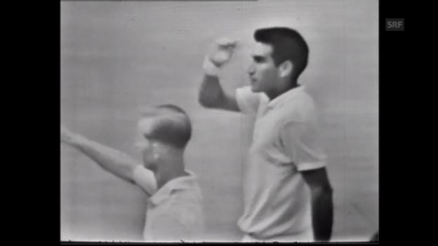 Video «Tennis: Alex Olmedo siegt 1959 in Wimbledon (unkommentiert)» abspielen