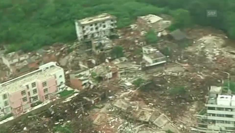 Luftaufnahmen der Zerstörung (Originalton)