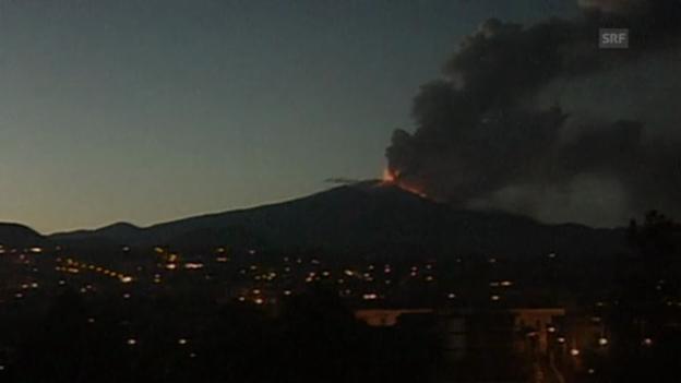 Video «Ätna: Beeindruckender Vulkanausbruch» abspielen
