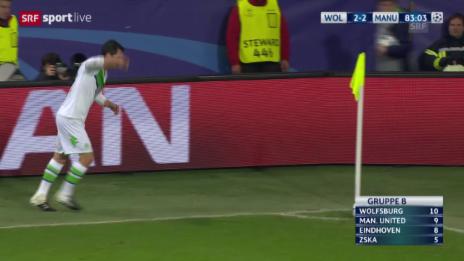 Video «Fussball: Champions League, 6. Spieltag, Gruppe B, Wolfsburg - Manchester United, Naldo trifft zum 3:2» abspielen