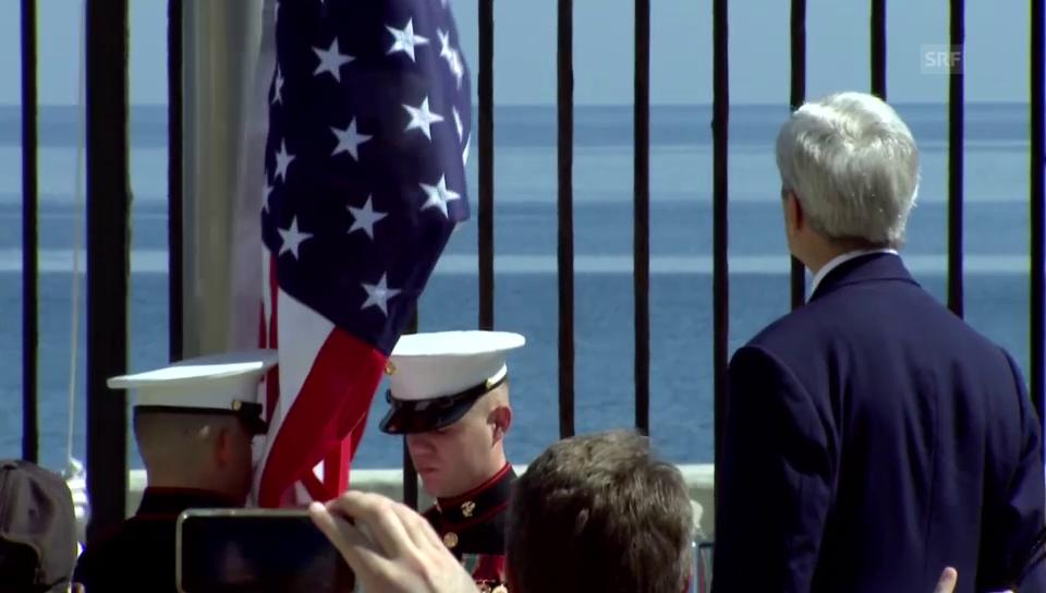 Ansprache John Kerrys und Hissen der US-Fahne