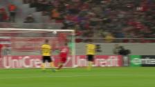 Video «Herrlich versenkter Freistoss zum 1:0 für Piräus» abspielen